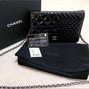 Authentic chanel chain wallet bag limited edition